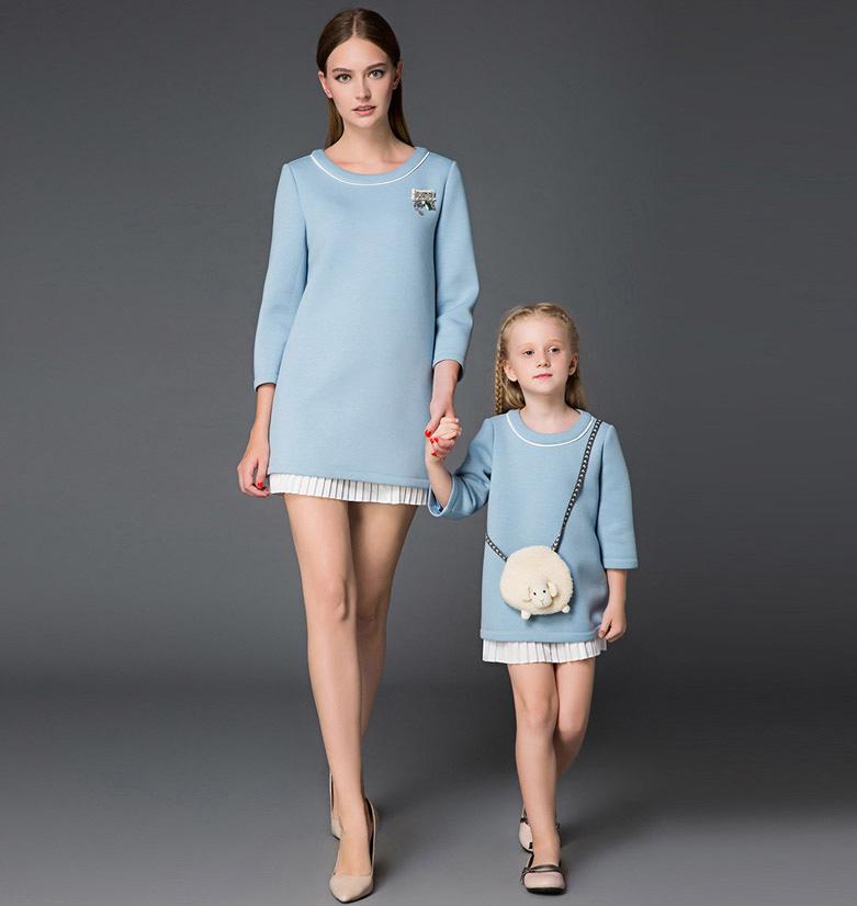 Family Clothes Mother and Daughter Clothing Pullover Render Dress
