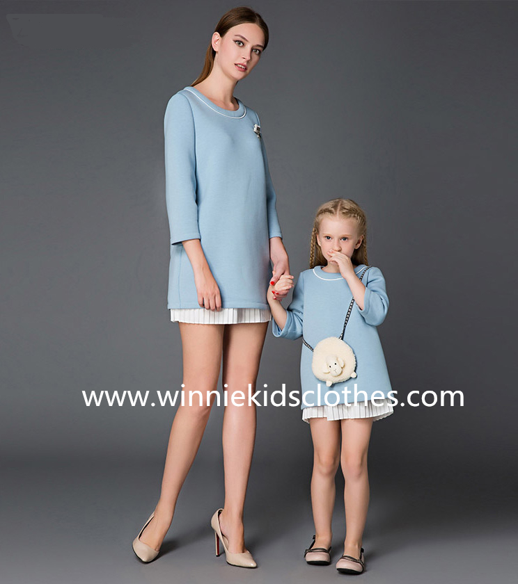 mother and daughter pullover dress